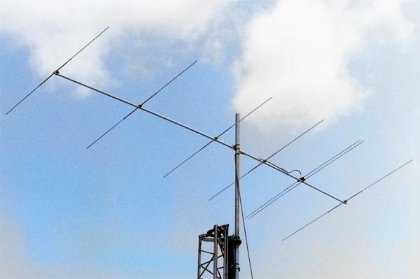 「50MHz帯で使っているアンテナ写真」「50MHz帯の運用エピソード」の投稿を募集!